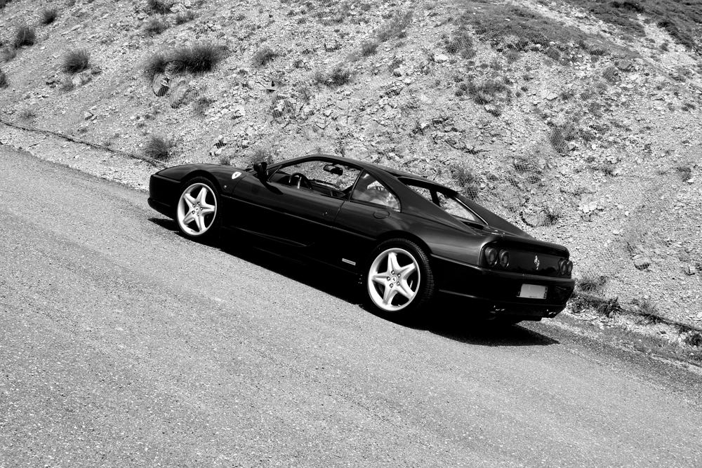 Route des grandes Alpes, Ferrari F355