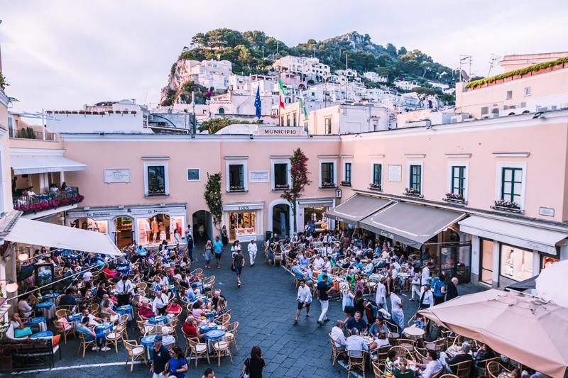 Capri, Piazza Umberto